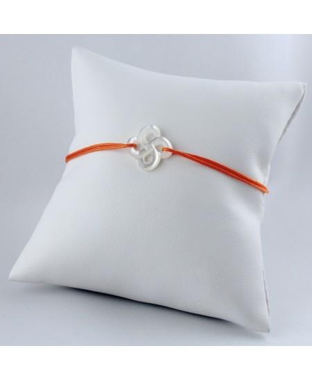 Bracelet Ilargia nacre blanche sur cordon