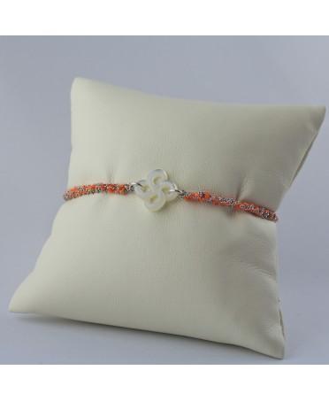 Bracelet Ilargia argent et soie orange nacre blanche
